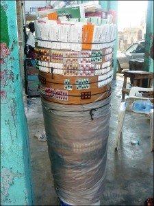 Pharmacie en tap-tap dans Alerte medicaments-rue-225x300