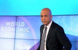 Face à Face Martelly et groupe des Neuf Sénateurs dans Politique Martelly-yes-300x194